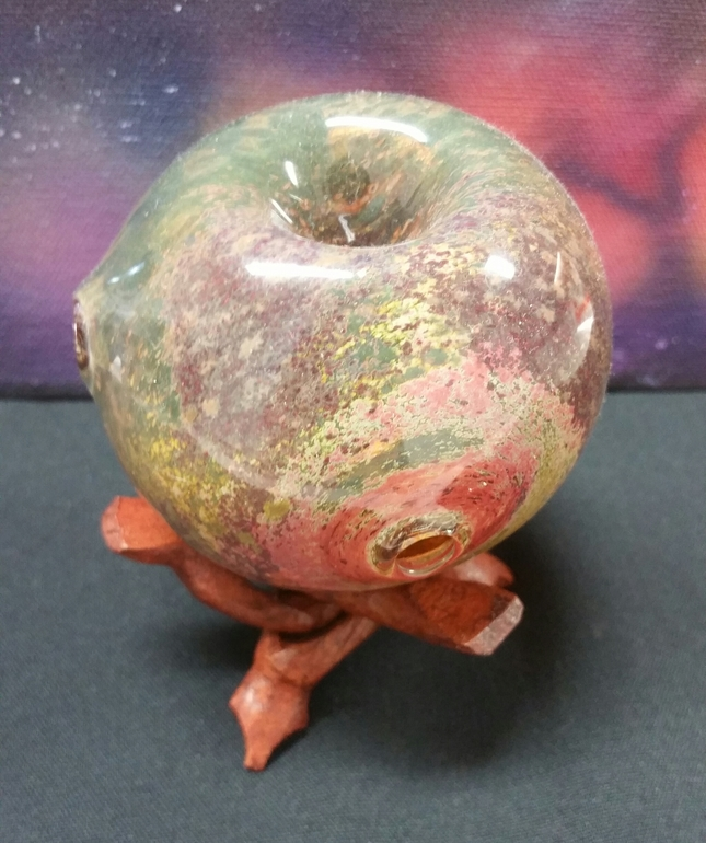 Apple Pipe with Stand